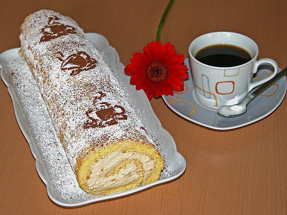 Biskuitrolle mit Kaffeecreme